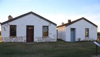 ft-bridger-commissary-and-old-guardhouse-8136